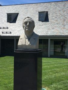 Bust of FDR outside of presidential library